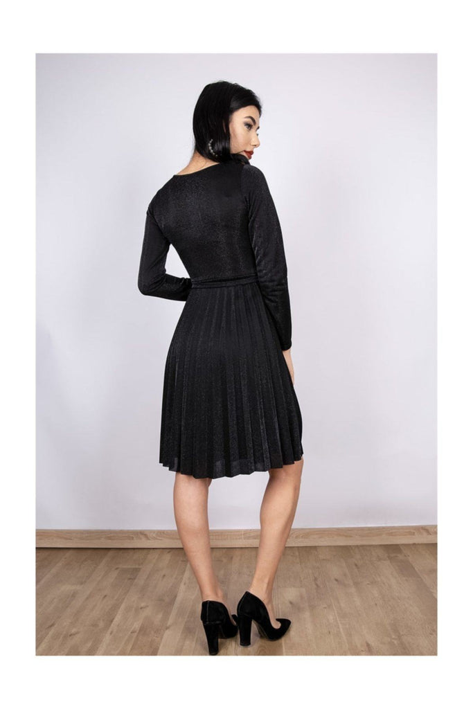 Black V-Neck Long Sleeve Pleated Skirt Dress TKELB5220