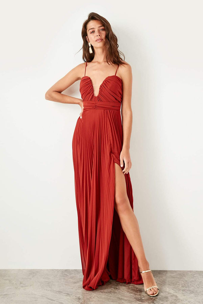 Red Sweetheart Neckline Leg Slit Long Evening Dress TKTPRSS19VF0015