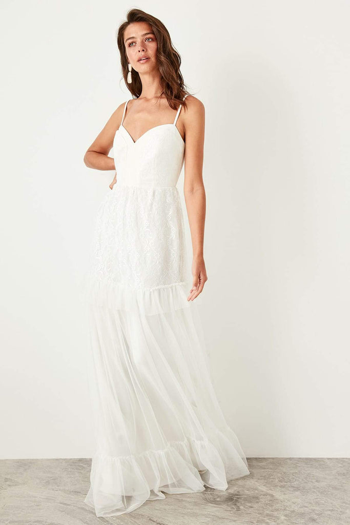 White Sweetheart Neckline Long Evening Dress TKTPRSS19ZP0008