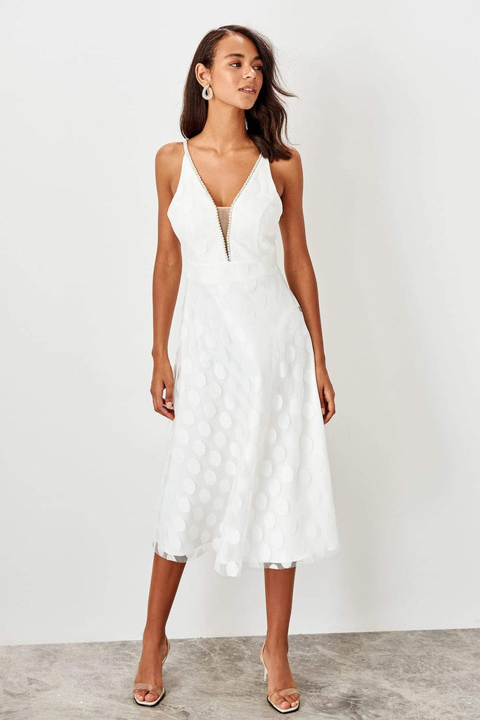 Jewel Deep V-Neck Sleeveless White Long Dress TK TPRSS19BB0478