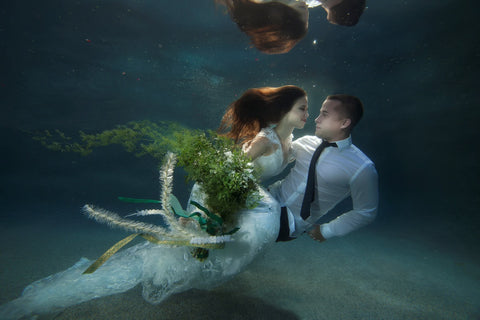 Wedding Dress underwater swimming