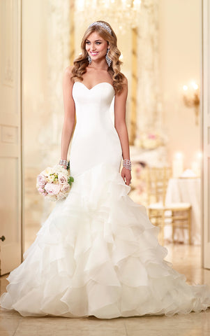Stella York - 6086 Sample Gown