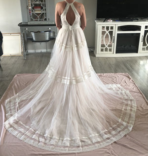 Allure Wilderly Bride - Grace F154 Sample Gown