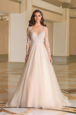 Justin Alexander - 8873 Sample Gown