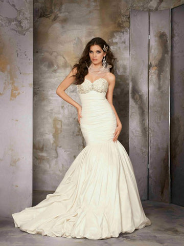 Coco Anais - AN152 Sample Gown