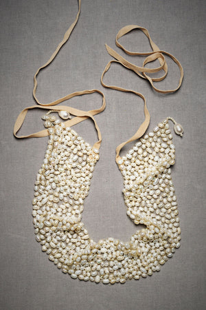 Cobbled Pearl Collar Flipped