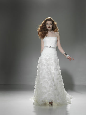 Justin Alexander - 9661 Sample Gown