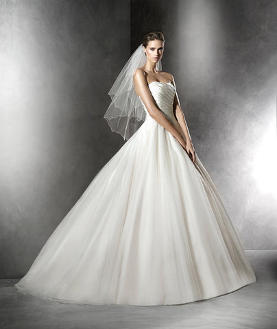Pronovias - Plesana Sample Gown