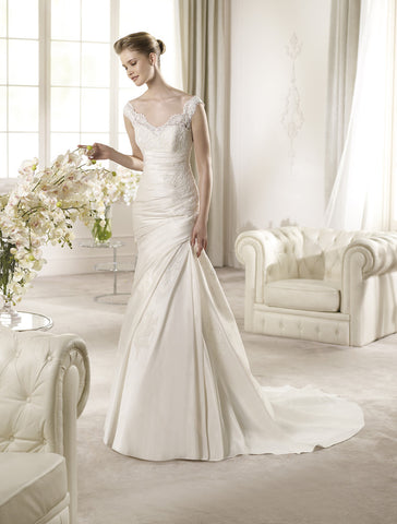 San Patrick - Altamira Sample Gown