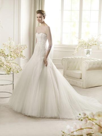 San Patrick - Arties Sample Gown