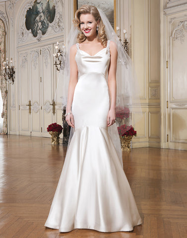 Justin Alexander - 8756 Sample Gown