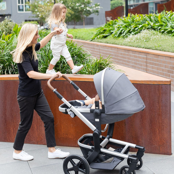 Day+ Kinderwagen - gorgeous grey