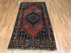 "Tranquil Turkish - 1960s Vintage Tribal Rug - Oriental Carpet - 3'4"" x 6'10"" ft."