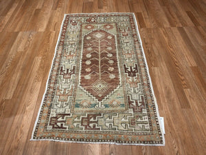 "Opulent Oushak - 1960s Vintage Turkish Rug - Tribal Carpet - 2'5"" x 4'11"" ft."
