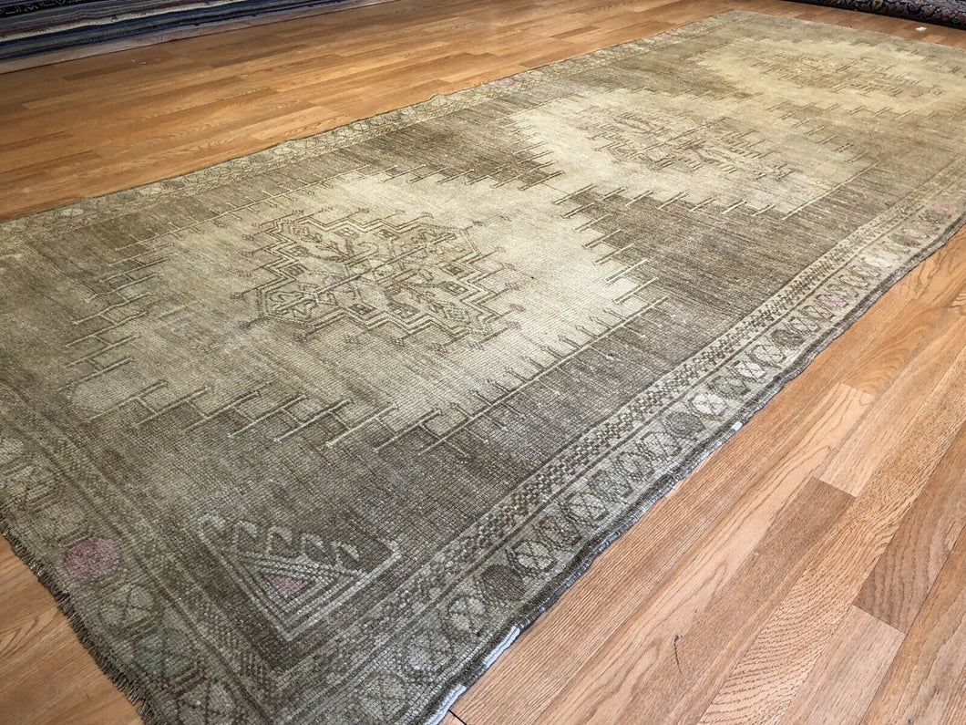 Oustanding Oushak - 1930s Antique Turkish Rug - Gallery Carpet - 5'2