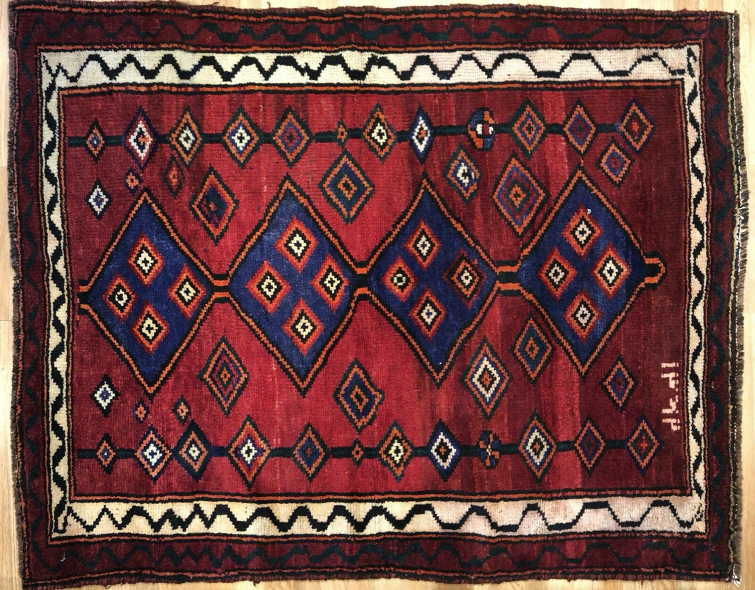 Special Shiraz - 1980s Antique Persian Rug - Tribal Carpet - 4'8