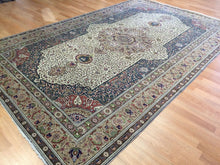 "Load image into Gallery viewer, Terrific Turkish - 1940s Antique Kayseri Rug - Oriental Floral Carpet - 6'5"" x 10'1"" ft"