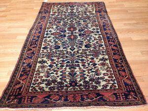"Lovely Lilihan - 1920s Antique Sarouk Rug - Floral Carpet - 3'8"" x 6'7"" ft."