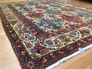 "Beautiful Bakhtiari - 1960s Vintage Persian Rug - Tribal Carpet - 5'8"" x 7'9"" ft."