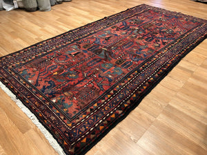"Handsome Hamadan - 1940s Antique Persian Rug - Tribal Carpet - 5' x 9'10 ""ft."