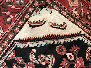 "Handsome Herati - 1940s Vintage Malayer Rug - Tribal Carpet - 5'5"" x 6'4"" ft."