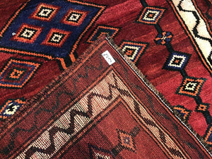 "Special Shiraz - 1980s Antique Persian Rug - Tribal Carpet - 4'8"" x 5'10"" ft."