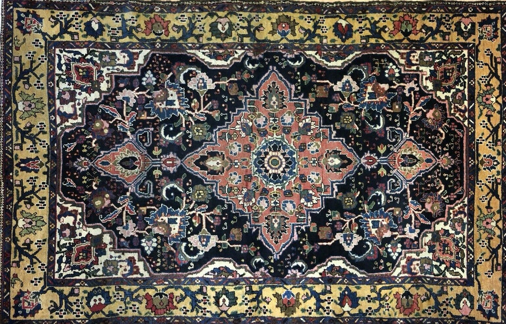 "Beautiful Bakhtiari - 1920s Antique Persian Rug - Tribal Carpet - 4'5"" x 6'10"" ft."
