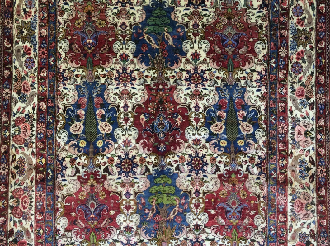 Beautiful Bakhtiari - 1960s Vintage Persian Rug - Tribal Carpet - 5'8