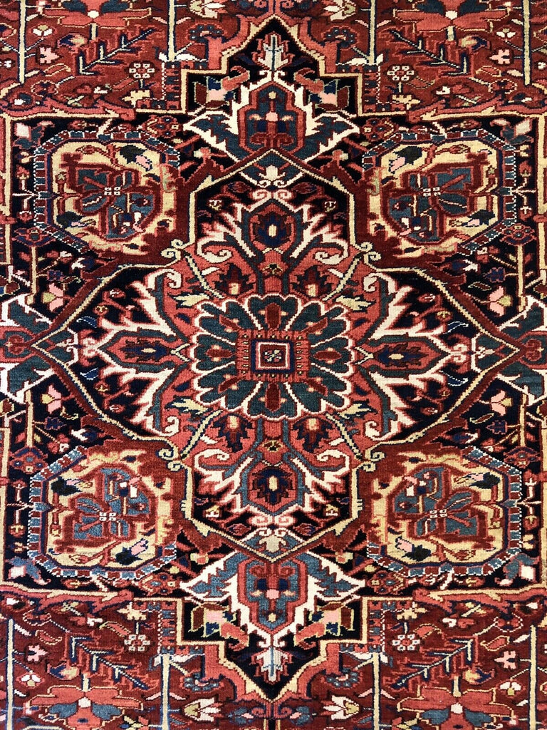 "Handsome Heriz - 1940s Antique Persian Rug - Tribal Carpet - 8'4"" x 11'7"" ft."