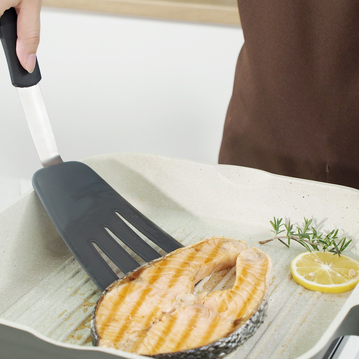 Thin High Elasticity High Temperature Resistance Silicone Cooking Spatula Small frying shovel