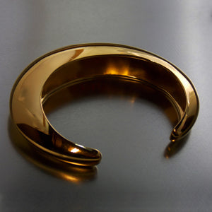 Gold plated cuff bangle in silver- Back