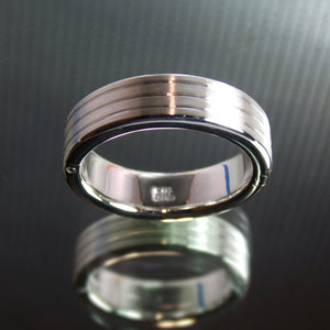 Silver hinge wedding band
