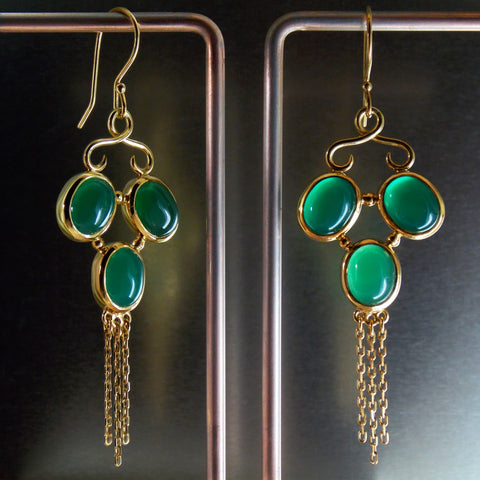 Green quartz and yellow gold chandelier earrings