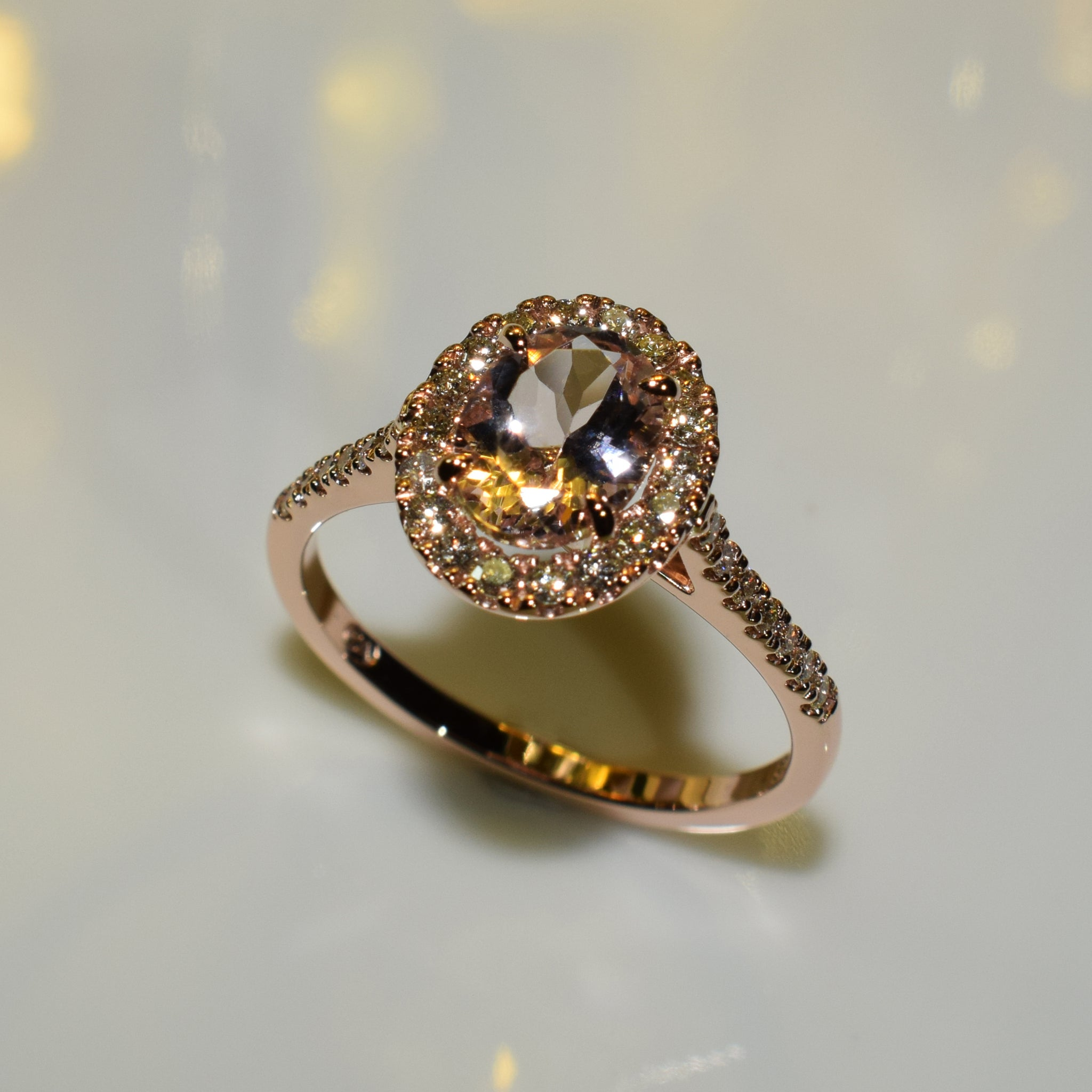 Oval Morganite halo in 9K rose gold & diamonds