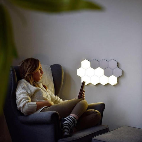 Honeycomb Sensor Wall Light