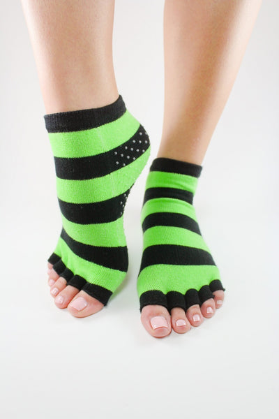 Toezies The Original 1-2 Toe Socks for Yoga-Pilates Green Apple