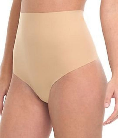 Commando Moderate Control Shapewear Thong - CC101