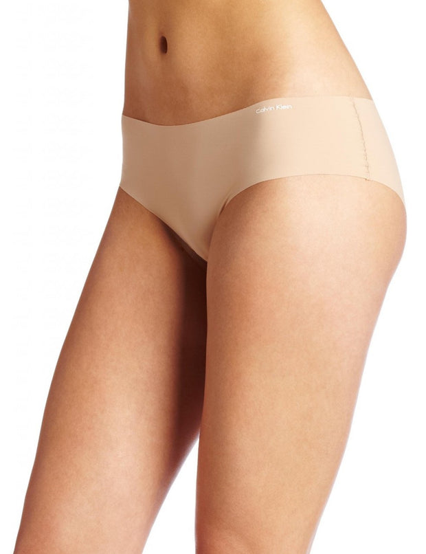 Calvin Klein Invisibles Hipster Panty - D3429