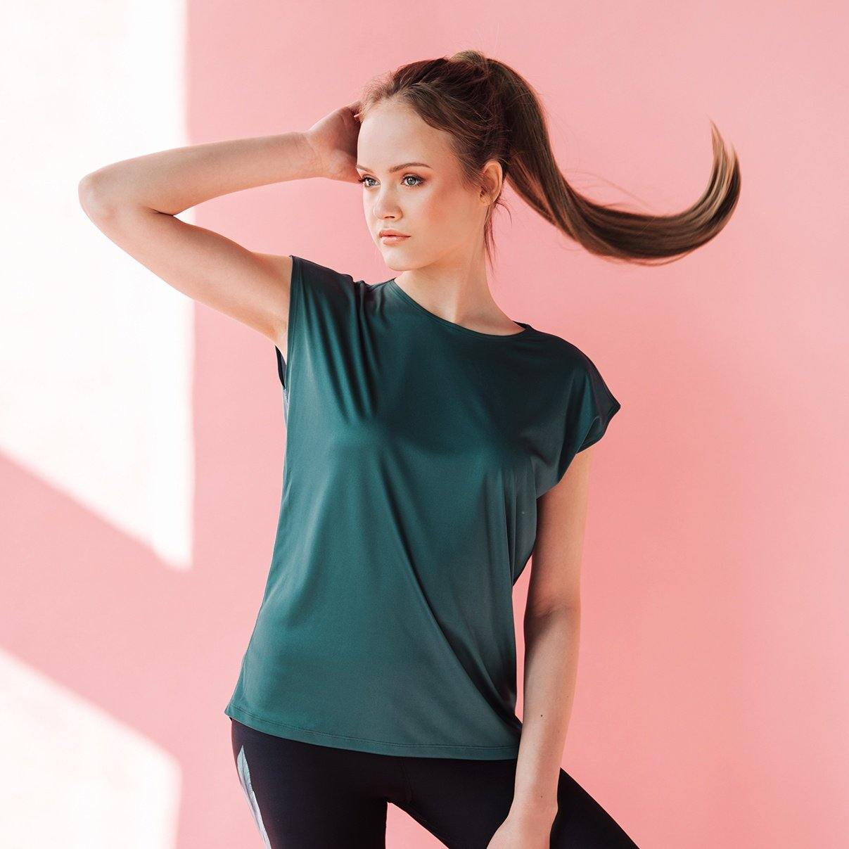 Loose fit Workout top Emerald leaves - ZIB*