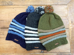 Slouch ribbed hat with pom pom