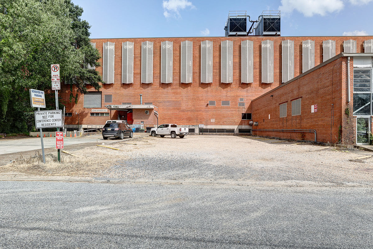 Parking lot spots at 121 Smith street for UL Lafayette campus