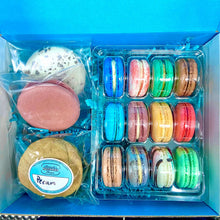 Load image into Gallery viewer, Macarownie + XL Macarons Combo Box