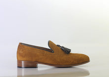 Load image into Gallery viewer, Bespoke Tan Tussle Leather Round Toe Shoes for Men's - leathersguru