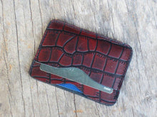 Load image into Gallery viewer, Minimalist Wallet, Alligator Texture wallet Minimalist Wallet Women, Minimalist Wallet Mens, Slim Wallet, Leather TACTICAL CARD HOLDER, - leathersguru