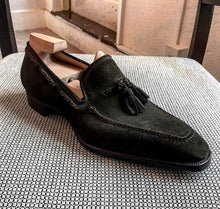 Load image into Gallery viewer, Bespoke Black Square Toe Suede Tussles Shoes for Men - leathersguru