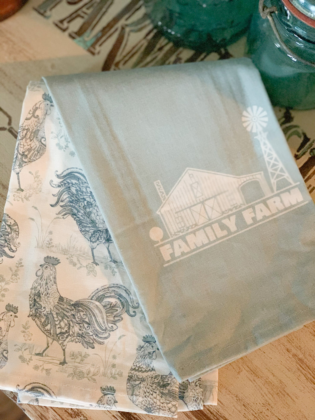 Family Farm Decorative Kitchen Towels (2 pack)