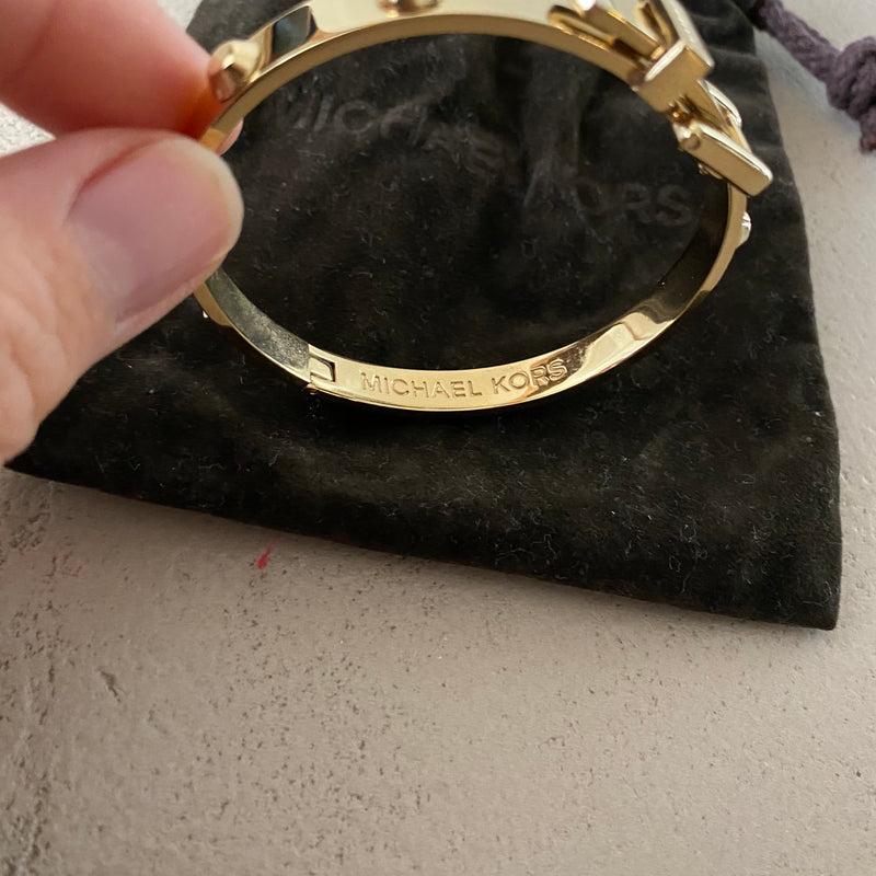 MICHAEL KORS Astor Buckle Bangle Armband