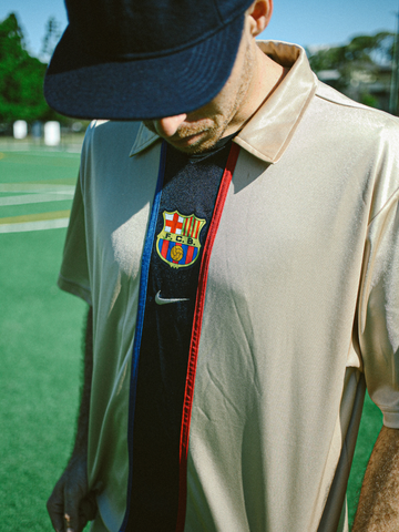 Barcelona Away 2001-2003 L - Unwanted FC
