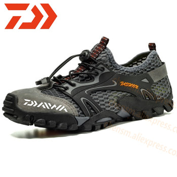 New Daiwa Fishing Water Shoes Men Beach Outdoor Wading Shoes Climbing Shoes Surf Woman Quick-Drying Dawa Fishing Shoes Size39-50