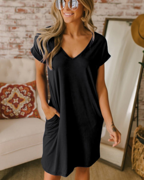 Finders Keepers Black T-Shirt Dress w/Pockets